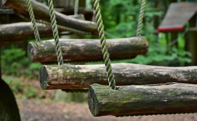 high-ropes-course-2490817_1280